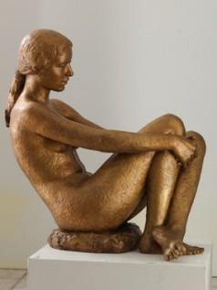 29 - Bagnante - 2008, bronzo cm 80x52x77 -